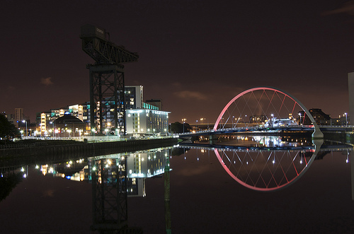 late night in glasgow